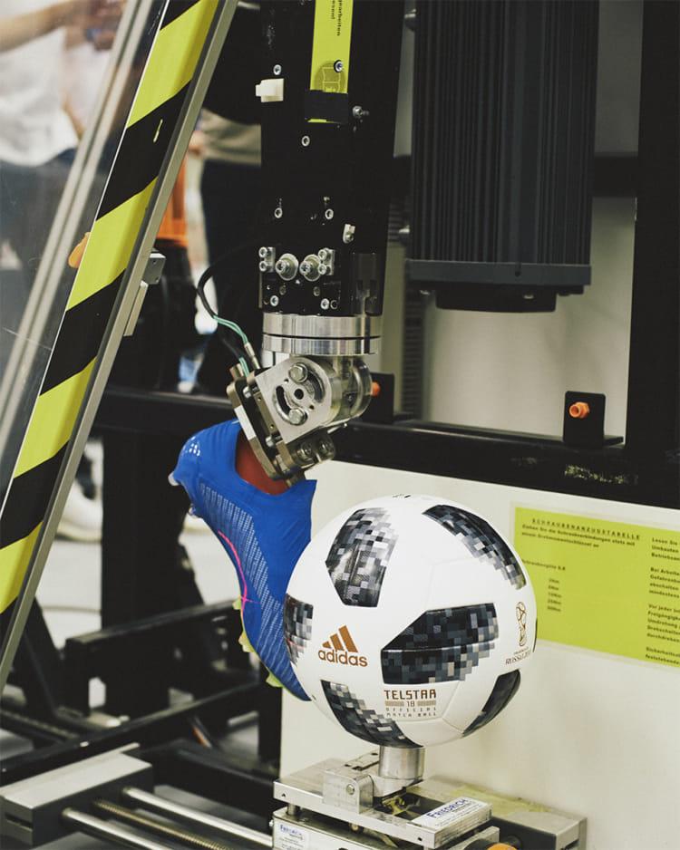 FIFA ワールドカップ ロシア adidas グローバル メディアデー スプリントスパイク X18 開発 1