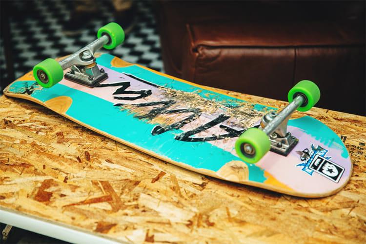 Tony Alva トニー アルバ House of VANS GREENROOM インタビュー 10 スケートボード ALVAロゴ