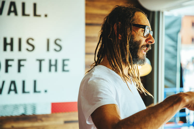 Tony Alva トニー アルバ House of VANS GREENROOM インタビュー 3